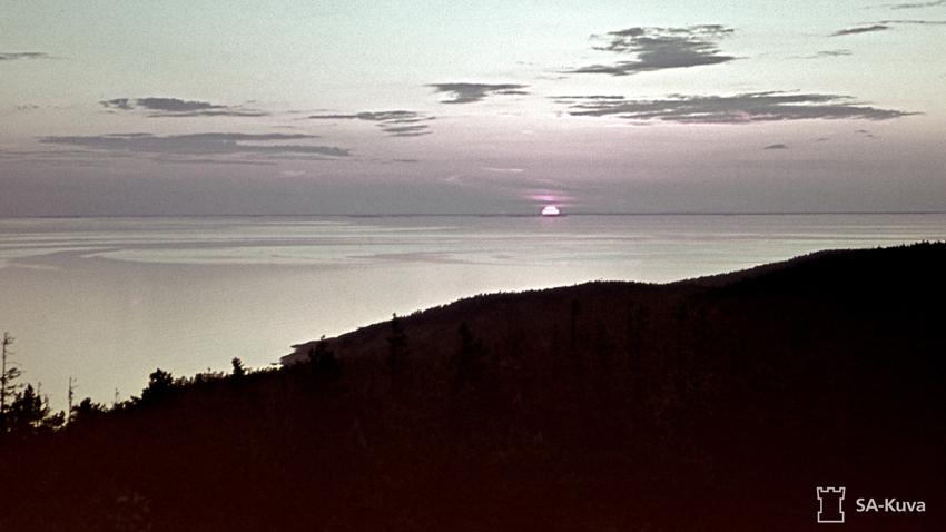 Auringonlasku Haukkavuorelta 22.6.1943.