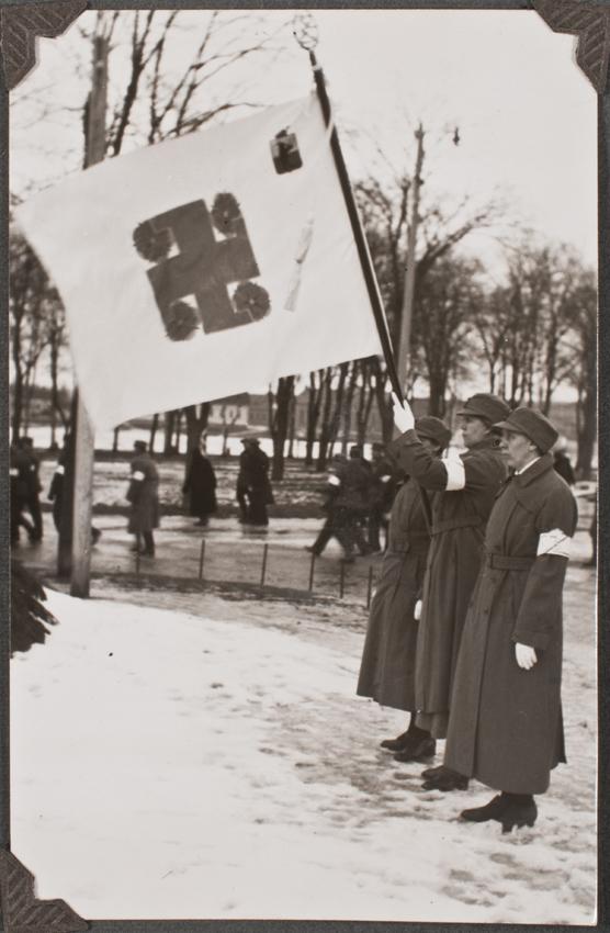 käsin valmistettu lippu